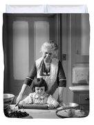Grandmother And Granddaughter Baking Duvet Cover