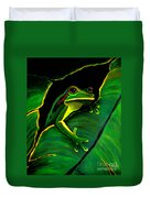 Green Tree Frog And Leaf Duvet Cover