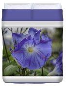 Hameau Bleu Duvet Cover