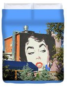 Hanging Out With Elizabeth Taylor Duvet Cover