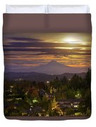 Harvest Moon 2016 Moonrise Over Happy Valley Oregon Duvet Cover