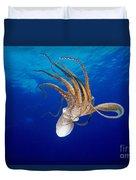 Hawaii, Day Octopus Duvet Cover