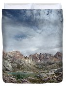 Hiker At Twin Lakes - Chicago Basin - Weminuche Wilderness - Colorado Duvet Cover