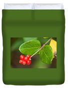 Honey Suckle Berry Seeds Duvet Cover