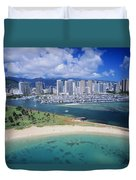 Honolulu, Oahu Duvet Cover
