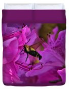 Hummingbird Moth On Azalea Duvet Cover