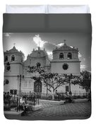 Iglesia Ciudad Vieja - Guatemala Bnw Duvet Cover