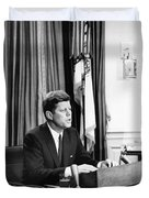 Jfk Addresses The Nation Painting Duvet Cover