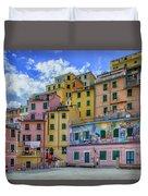 Joy In Colorful House In Piazza Di Riomaggiore, Cinque Terre, Italy Duvet Cover
