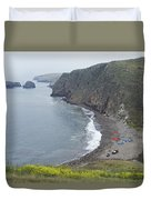 Kayaks On Rocky Beach At Scorpions Duvet Cover