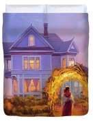 Lady In Waiting Duvet Cover