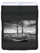 Lady Washington In Black And White Duvet Cover