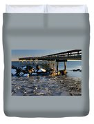 Lake Ontario Sunset At Toronto Center Island Pier In Winter With Duvet Cover