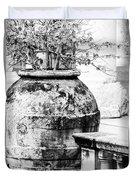 Large Flowerpot - Black And White Duvet Cover