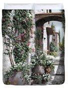 Le Rose Rampicanti Duvet Cover
