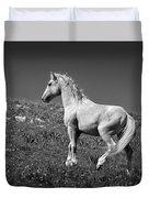 Light Mustang 1 Bw Duvet Cover by Roger Snyder