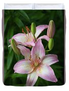 Lilies And Raindrops Duvet Cover