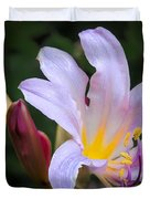 Lily In The Rain By Flower Photographer David Perry Lawrence Duvet Cover