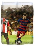 Lionel Messi Challenges The Athletic Bilbao Defense Duvet Cover