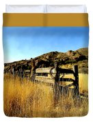 Livery Fence At Dripping Springs Duvet Cover