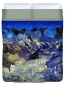 Malestorm In The Snow Duvet Cover