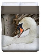 Mama Swan At Abbotsbury Duvet Cover