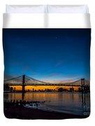 Manhattan Bridge At Dawn Duvet Cover