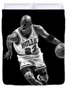 Michael Jordan Drives To The Basket Duvet Cover