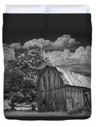 Michigan Old Wooden Barn Duvet Cover
