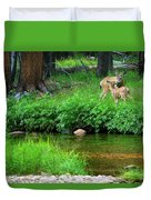 Mom And Baby Deer Duvet Cover