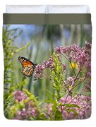 Monarch Butterfly In Joe Pye Weed Duvet Cover