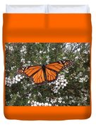 Monarch Butterfly On New Zealand Teatree Bush Duvet Cover