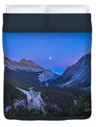 Moon Over Icefields Parkway In Alberta Duvet Cover