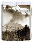 Mt. Lassen In Eruption Oct. 6, 1915 Duvet Cover
