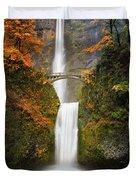 Multnomah Falls In Autumn Colors Duvet Cover