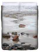 New England Beach With Rocks And Waves Duvet Cover