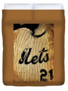 New York Mets 21 Red And Blue Vintage Cards On Brown Background Duvet Cover