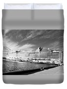 Norwegian Epic Visit Duvet Cover