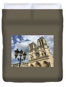 Notre Dame And Lamppost Duvet Cover