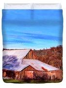 Old Barn In California Duvet Cover