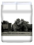 Old Barn Outbuildings And Silo  Duvet Cover