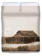 Old Barn With Mount Adams In Sepia Duvet Cover