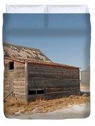 Old Barns And A Grain Bin Duvet Cover