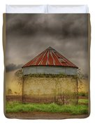 Old Corn Crib In The Cloudy Sky Duvet Cover