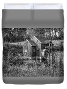 Old Grist Mill In Vermont Black And White Duvet Cover
