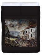 Old Houses  Duvet Cover