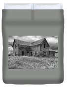 Old Montana Farmhouse Duvet Cover