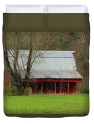 Old Red Barn In Jefferson County Duvet Cover