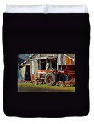 Old Red Tractor And The Barn Duvet Cover