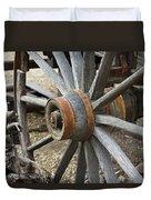 Old Waagon Wheel Duvet Cover